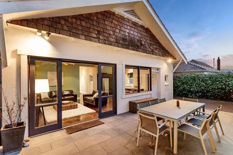 แบบบ้านสวย ๆ ชั้นเดียวหลังเล็กน่ารักน่าชมสำหรับคนชอบบ้านเล็ก