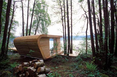 แบบบ้านไม้ ขนาดเล็ก สัมผัสธรรมชาติที่ลงตัว